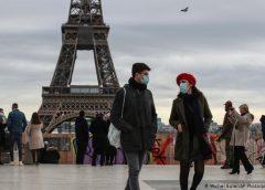 Las variantes del COVID-19 complica el turismo en Francia e Italia